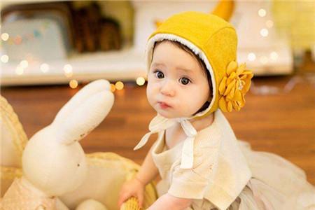 小孩取名,为宝宝起个好名字:洋气有内涵的诗词名字分享